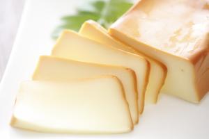 鎌倉スモーク 手作りスモークチーズ(プレーン)